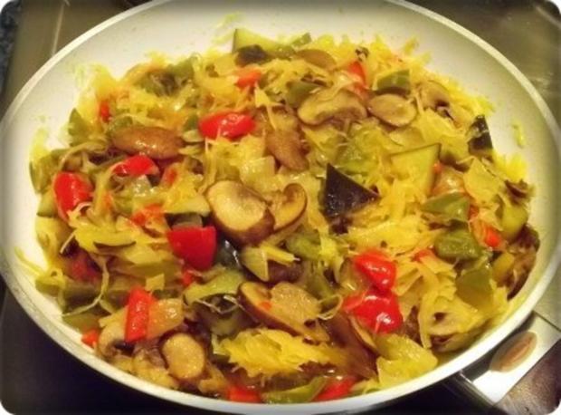 Würzige Gemüse Sauerkraut Pfanne - Rezept - Bild Nr. 16