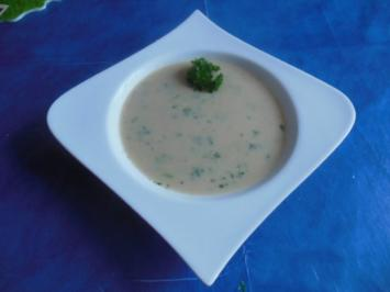 Suppe: Petersilienwurzelsuppe - Rezept