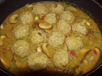 Hackklößchen in Currysoße - Rezept