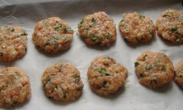 Kleine Lachs Burger - Rezept - Bild Nr. 4