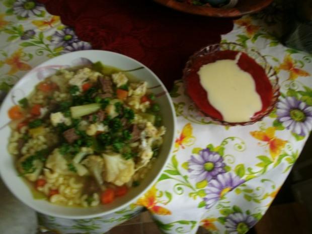 Klare Rindfleischsuppe mit Gemüse und Nudeln - Rezept - Bild Nr. 10