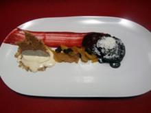 Fondant au Chocolat mit marinierten, semi-getrockneten Früchten und Vanilleeis - Rezept