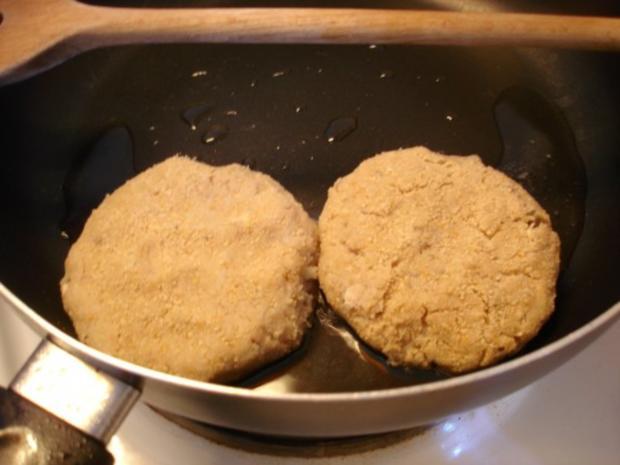 Schollenfilet mit extra feinen Bohnen und Walnuss-Kartoffeltaler - Rezept - Bild Nr. 4