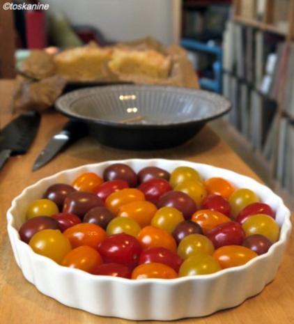 Süss-scharfe Hähnchenbrust, Ofen-Rosmarin-Kartoffeln, bunte Ofentomaten - Rezept - Bild Nr. 7