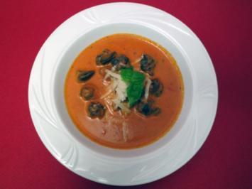 Weinbergschnecken in pikanter Tomatensoße - Rezept