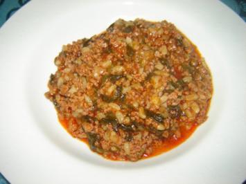 Junger Spinat mit Hackfleisch - Rezept
