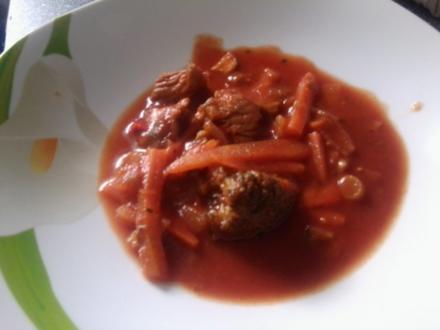 Gulasch- Gemüse- Suppe - Rezept