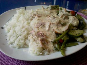 Gemüse: Gedämpftes Gemüse mit Käse-Schinkensoße und Reis - Rezept