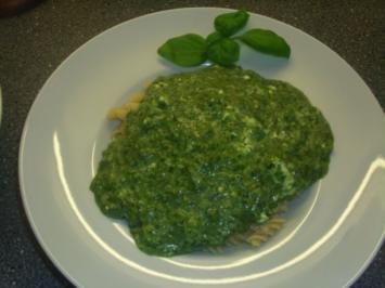 Pasta mit Spinat und Feta - Rezept