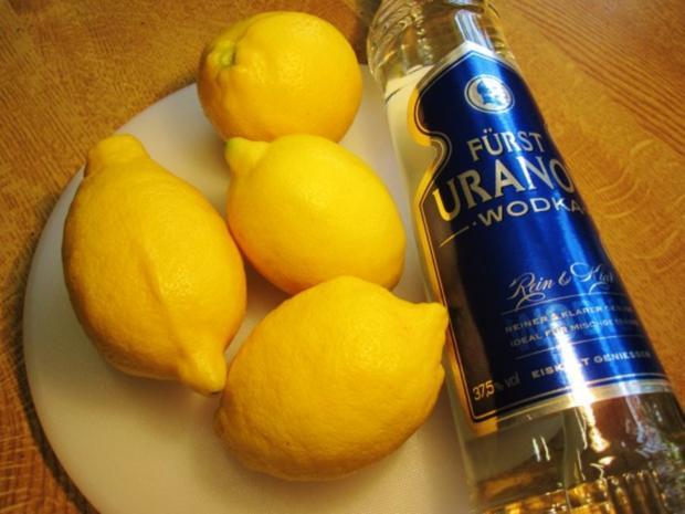 """Zitronenlikör """"Limoncello"""" - von selbst geernteten Zitronen - Rezept - Bild Nr. 2"""