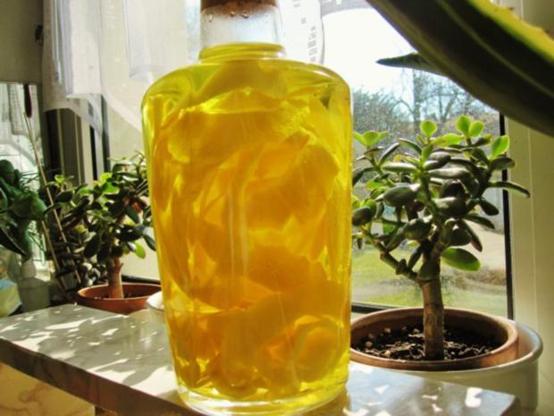 """Zitronenlikör """"Limoncello"""" - von selbst geernteten Zitronen - Rezept - Bild Nr. 6"""
