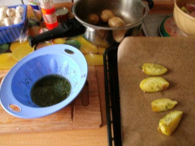 Schweinegeschnetzeltes in brauner Soße mit Rahmchampignons und Ofenkartoffeln - Rezept - Bild Nr. 8