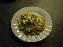 Bauernpfanne mit Berberitzen, Cashewkernen und Mozzarella - Rezept