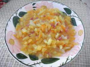 Suppen & Eintöpfe :  Geraspelten Kohlrübensuppe - Rezept