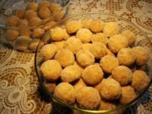 Butterkugeln mit Kokosflocken und Mandeln - Rezept für 96 Stück ... - Rezept