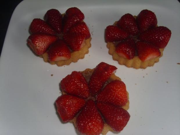 Die einfachsten Erdbeertörtchen der Welt - Rezept - Bild Nr. 5
