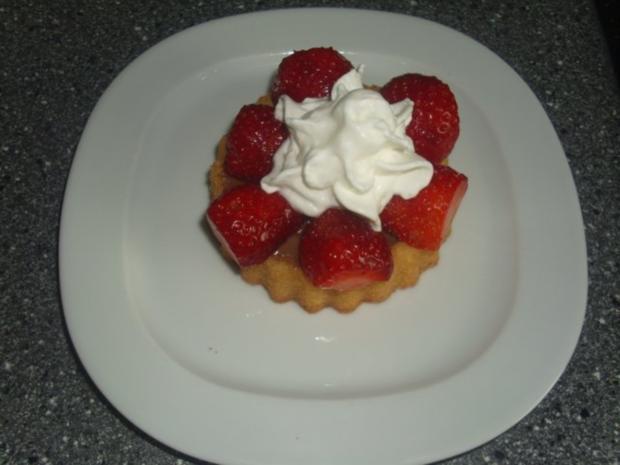Die einfachsten Erdbeertörtchen der Welt - Rezept - Bild Nr. 6