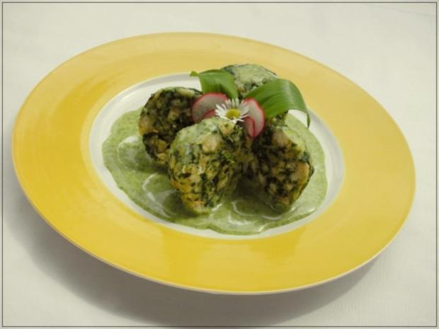Spinatknödel mit Bärlauch-Gorgonzolasauce - Rezept - Bild Nr. 2