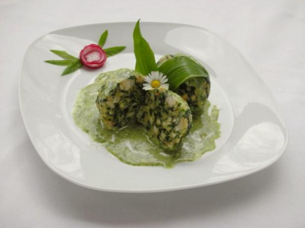 Spinatknödel mit Bärlauch-Gorgonzolasauce - Rezept - Bild Nr. 15