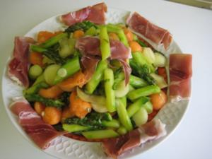 Spargel - Melonen - Salat - Rezept