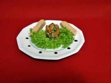 Lachs-Tartar an Nussfladen - Rezept