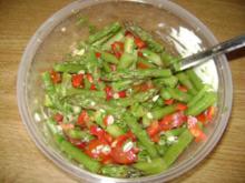 Grüner Spargel Salat - mit Tomaten und Paprika - Rezept