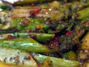 Warmer Grüner-Spargel-Salat mit Mohn und Orangendressing - Rezept