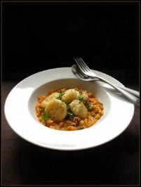 Kartoffel-Sellerie-Gnocchi mit Rhabarber-Chutney - Rezept