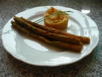 Grüner Spargel paniert mit getrüffeltem Kartoffel-Karottenstampf - Rezept