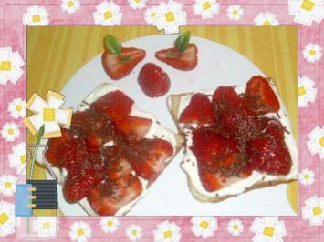 Frühstücksbrot mit Erdbeeren - Rezept