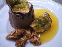 Dessert: Schoko-Pannacotta mit schneller Maracujasoße - Rezept