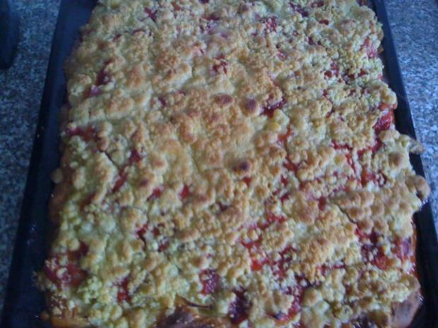Rhabarber - Apfel - Erdbeer Streuselkuchen - Rezept - Bild Nr. 2