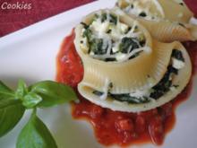 Lumaconi mit Spinat und Schafskäse .... - Rezept
