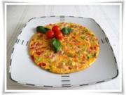 Pikantes  Omelett mit Tomaten und Frühlingszwiebeln - Rezept