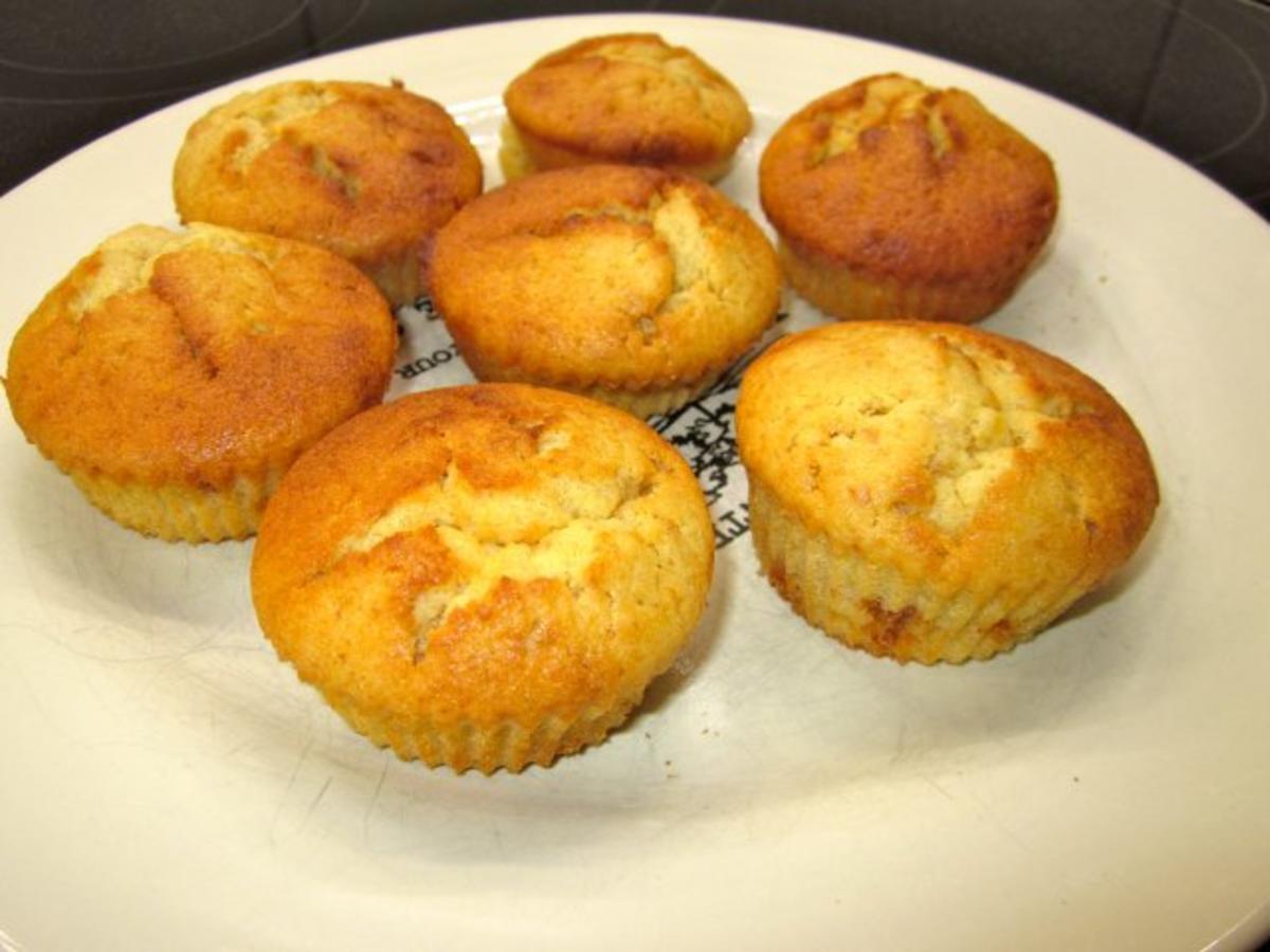apfelmus muffins fix und lecker rezept. Black Bedroom Furniture Sets. Home Design Ideas