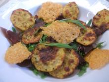 Salate: Rucolasalat mit Bündner Fleisch, Kartoffel-, und Parmesanchips - Rezept