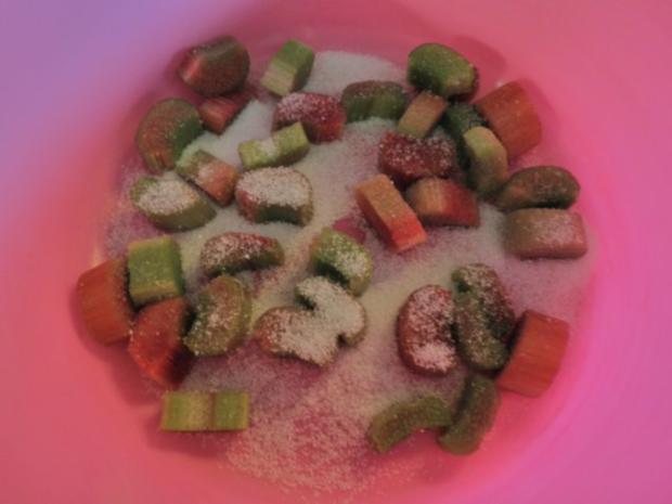 Fruchtige Rhabarber - Erdbeer - Terrine - Rezept - Bild Nr. 5