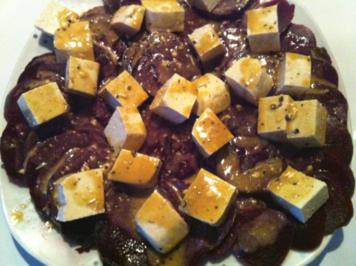 Rote Bete mit Tofu an Senf-Vinaigrette - Rezept