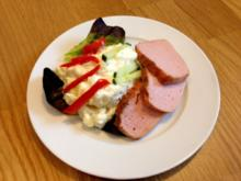 Kalorienarmer, frischer Kartoffelsalat mit gemüse und Fleisch(Leber)käse - Rezept