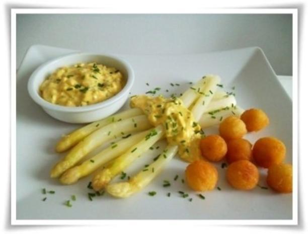 Spargel mit selbstgemachter Bozner Sauce und Kartoffelbällchen dazu. - Rezept - Bild Nr. 2