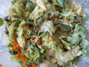 Suessebiene´s  bunter salat - Rezept