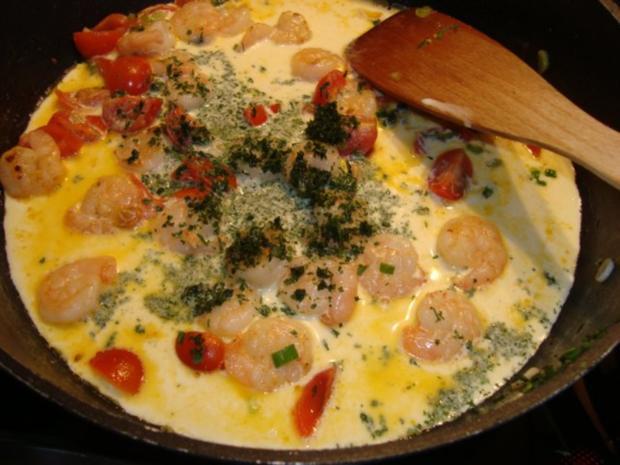 Pasta mit Garnelen in einer Kräuter-Sahnesauce - Rezept - Bild Nr. 4