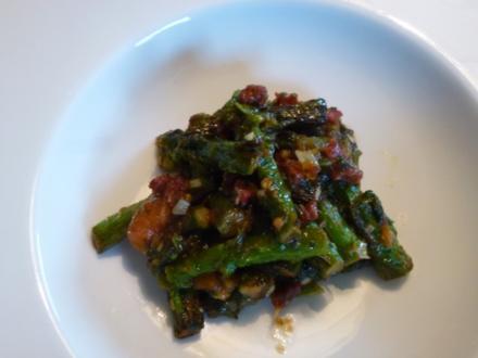 Grüner Spargel gewokt - Rezept