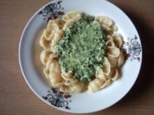 Pastasoße Muschelnudeln mit Käse-Sahne-Soße - Rezept