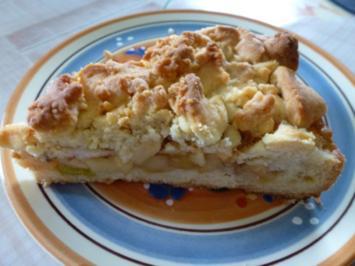 Rezept: Apfel-Rhabarber-Streuselkuchen