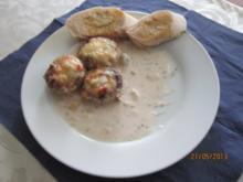 Gefüllte Champigons mit Käse überbacken - Rezept