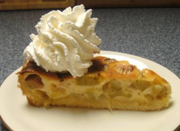 Rhabarberkuchen mit Frischkäseguss - Rezept