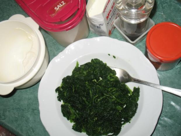 Pasta - Ravioli, selbst gemacht, mit Spinat-Ricotta-Parmesan-Füllung - Rezept - Bild Nr. 7