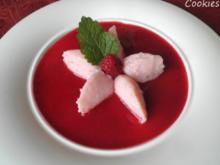 Erdbeer - Buttermilch - Dessert auf Himbeer - Spiegel ... - Rezept