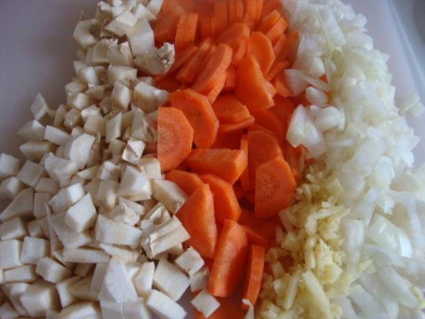 """Süßkartoffelsüppchen mit """"Tomaten Topping"""" - Rezept - Bild Nr. 5"""